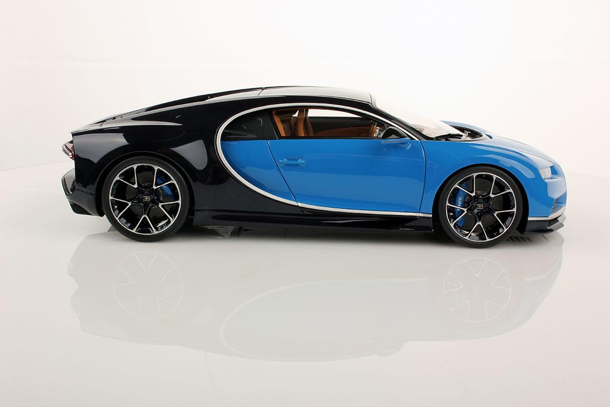 bugatti chiron 1 18 mr collection models. Black Bedroom Furniture Sets. Home Design Ideas