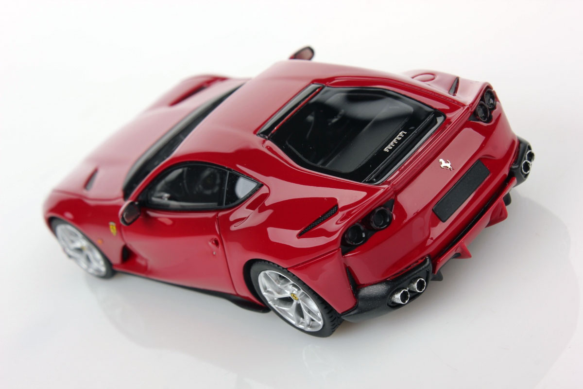Ferrari 812 Superfast We Will Realize The Official Model In 1 18 Scale Mr Collection Models
