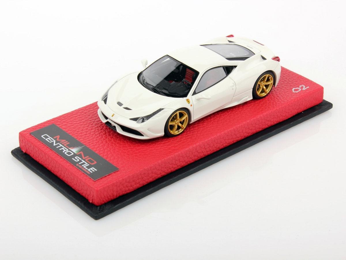 Ferrari 458 speciale milano centro stile 1 43 mr for Centro arredo incasso milano
