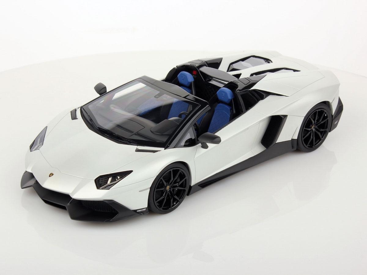 Lamborghini Aventador Lp 720 4 Roadster 50th Anniversary 1 18 Mr Collection Models