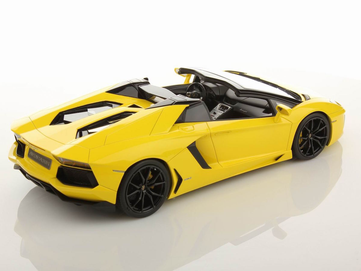 lamborghini aventador lp700 4 roadster 1 18 mr. Black Bedroom Furniture Sets. Home Design Ideas