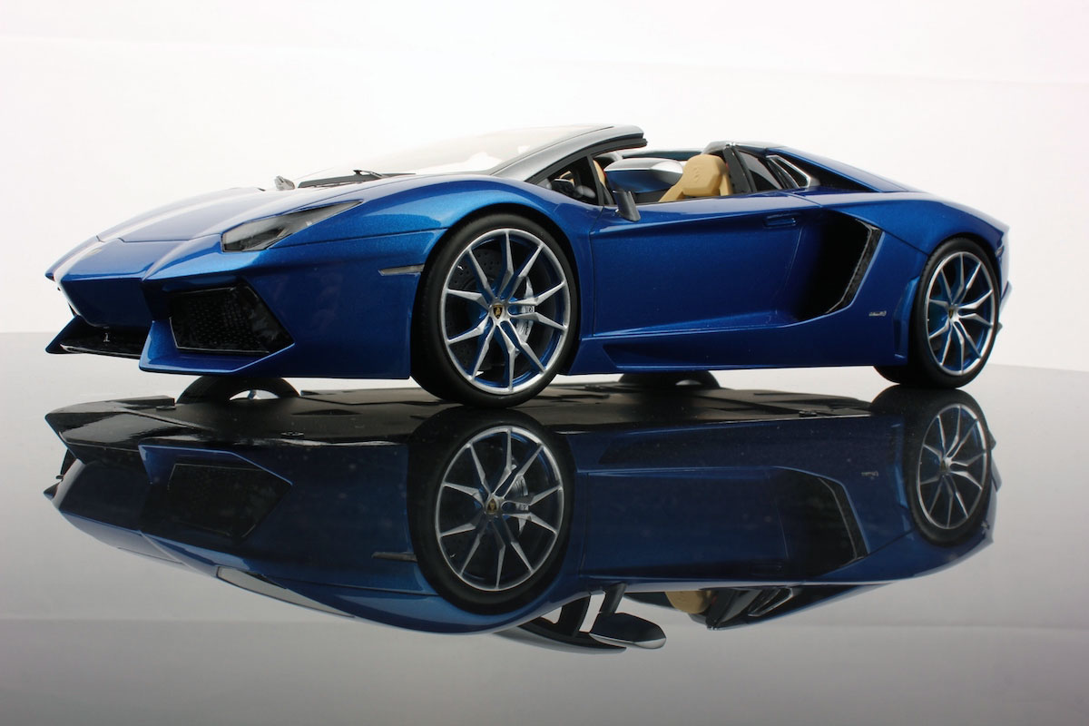 lamborghini aventador lp700-4 roadster 1:18 | mr collection models