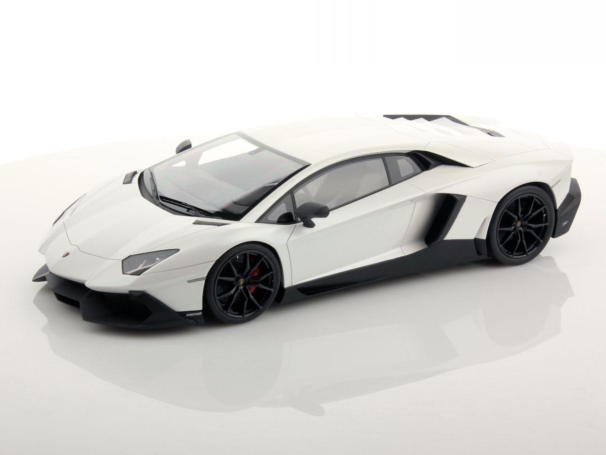 Lamborghini Aventador LP720-4 50th Anniversary 1:18