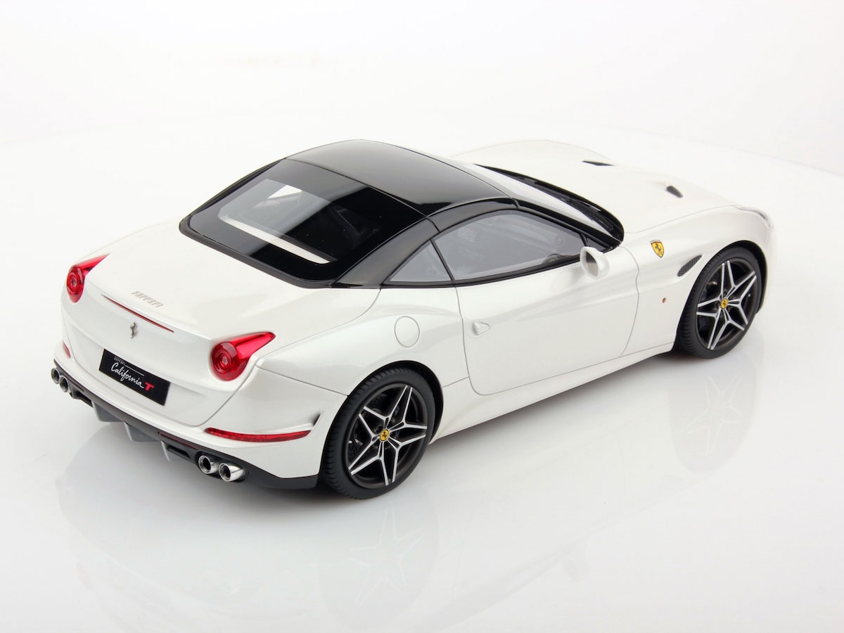 Ferrari California T 1:18   MR Collection Models