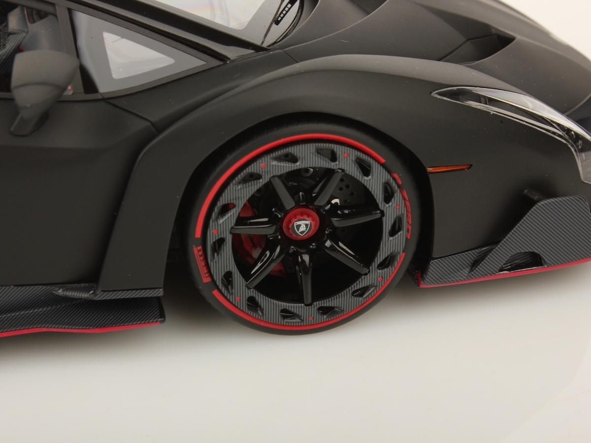 Lamborghini Veneno Roadster 1 18 Mr Collection Models