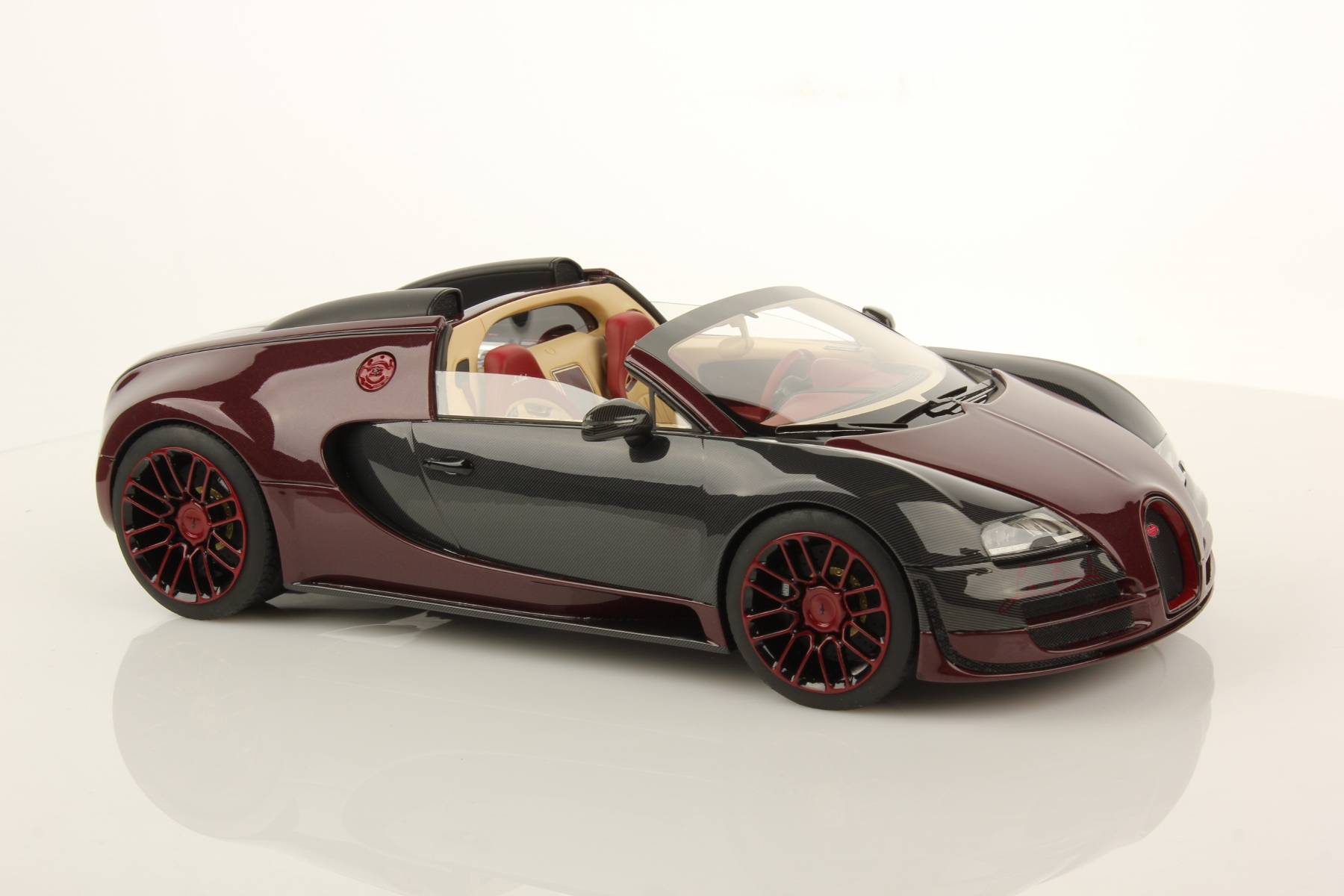 bugatti veyron 16 4 grand sport vitesse la finale 1 18 mr collection models. Black Bedroom Furniture Sets. Home Design Ideas