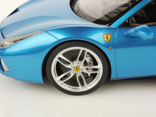 Ferrari 488 Spider hard top 1:18