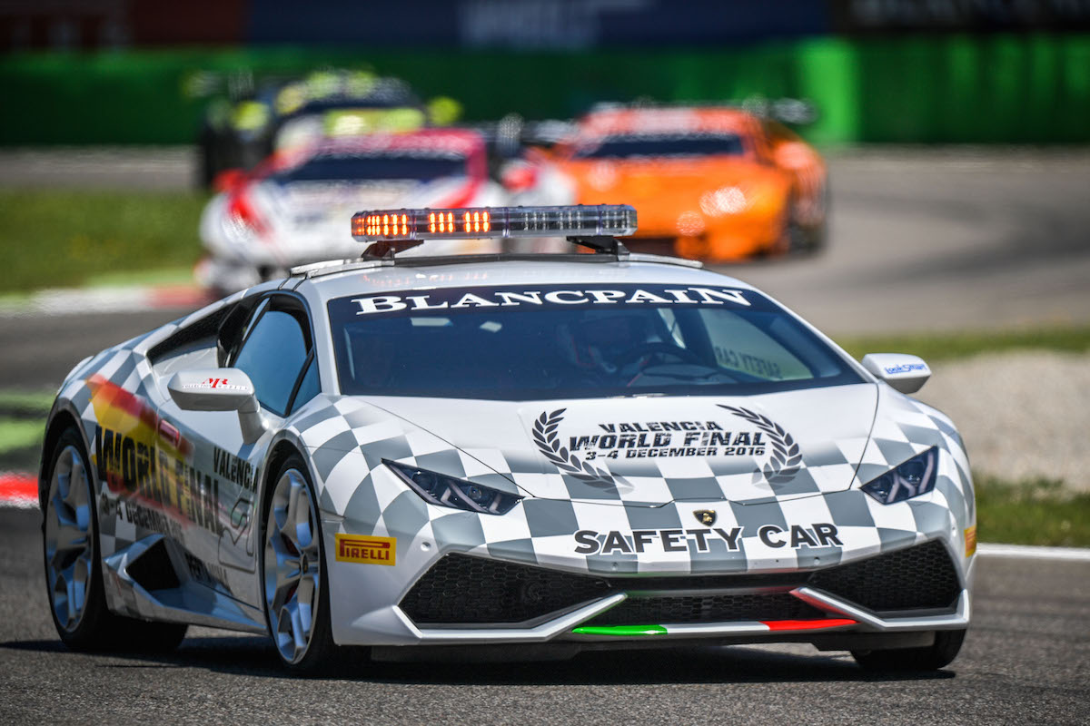 https://mrcollection.com/wp-content/uploads/2016/04/monza-super-trofeo-lamborghini-02.jpg