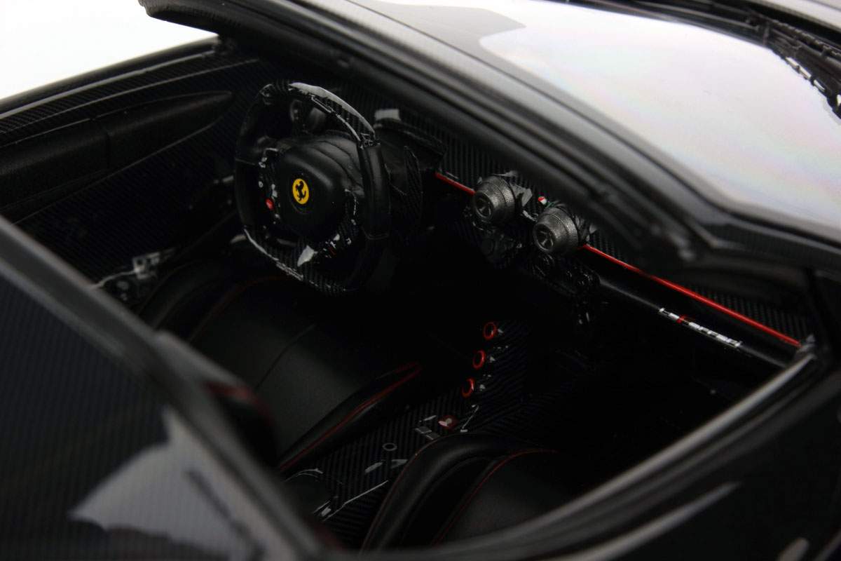 First Pictures Of Ferrari Laferrari Aperta 1 18 Mr Collection Models