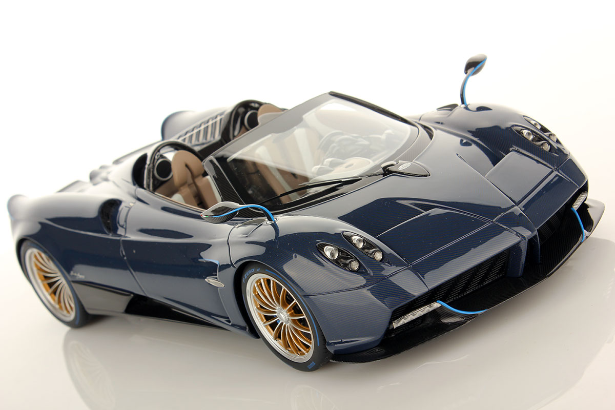 DS pagani huayra roadster : Pagani Huayra Roadster 1:18 | MR Collection Models