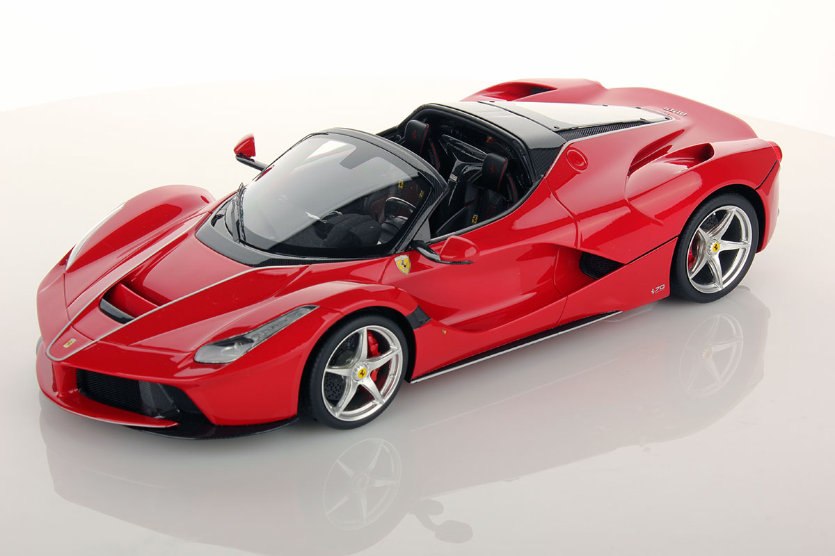 ferrari laferrari aperta 1 18 mr collection models. Black Bedroom Furniture Sets. Home Design Ideas