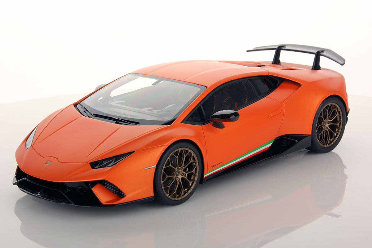 lamborghini huracan performante 1 18 mr collection models. Black Bedroom Furniture Sets. Home Design Ideas