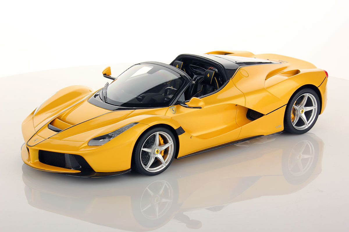 Ferrari LaFerrari Aperta 1:18 | MR Collection Models