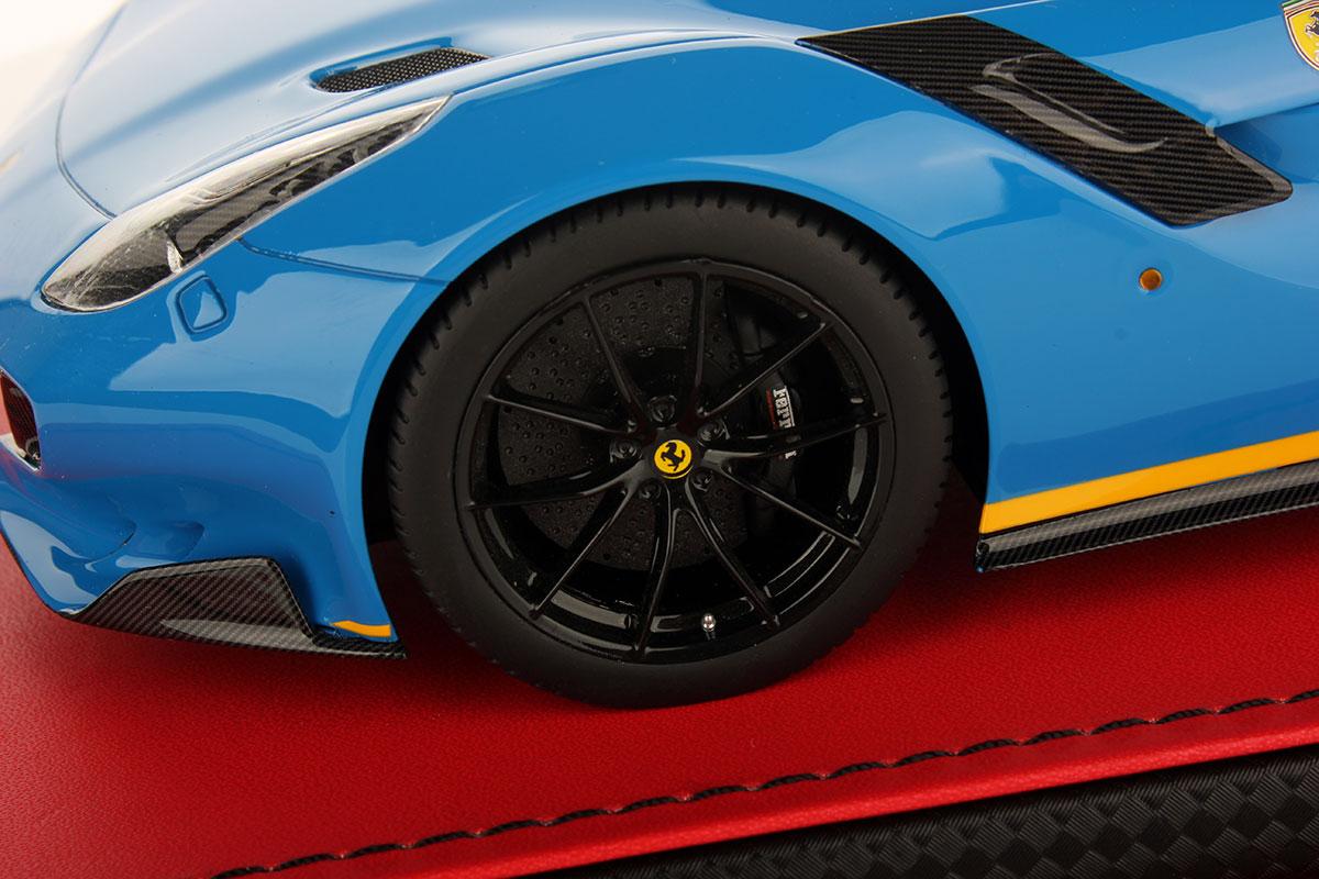 Ferrari F12 tdf 1:18 | MR Collection Models