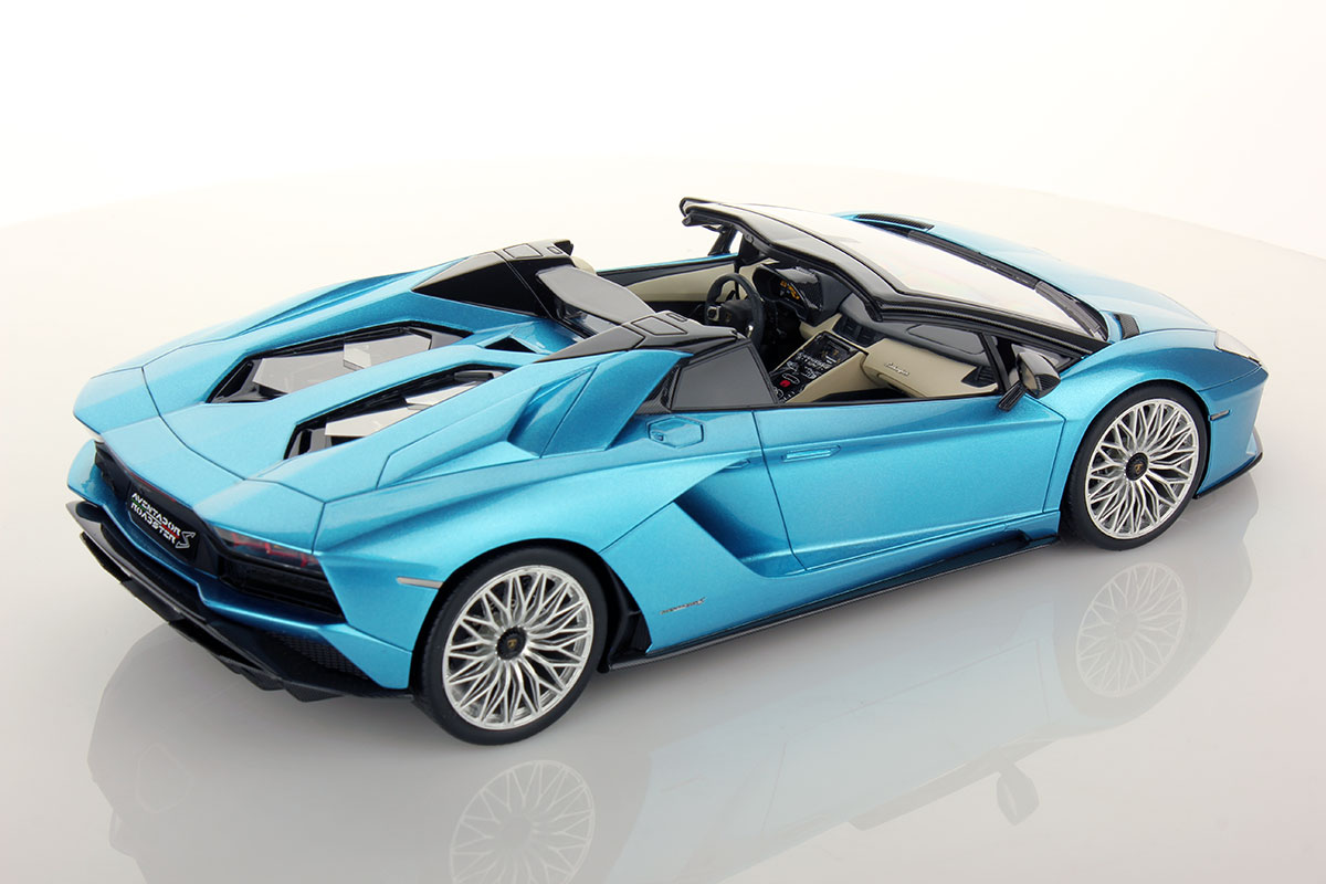 lamborghini aventador s roadster 1 18 mr collection models. Black Bedroom Furniture Sets. Home Design Ideas