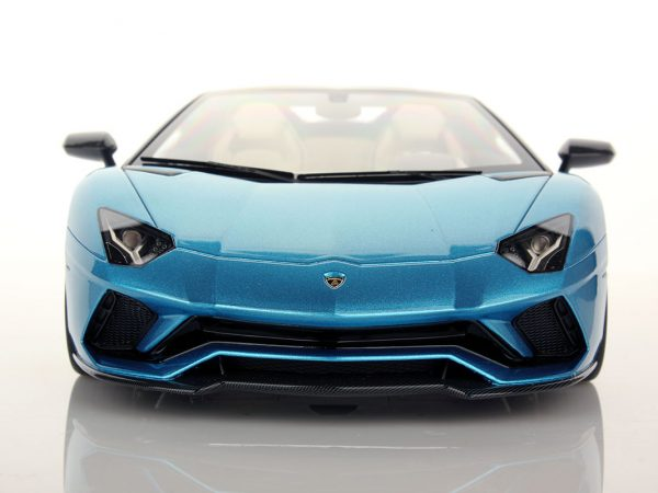 Lamborghini Aventador S Roadster 1:18