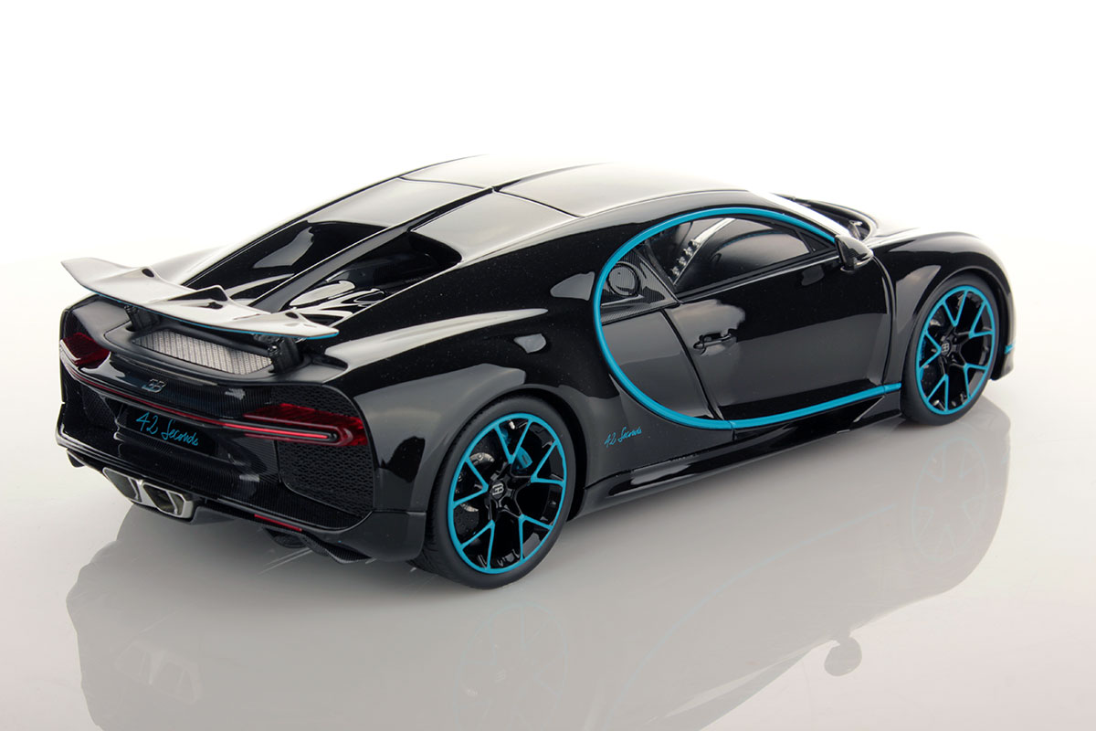 bugatti chironzero 400 zerorear wing up 1 18 mr collection models. Black Bedroom Furniture Sets. Home Design Ideas
