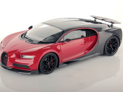 141219d0a Bugatti Chiron Sport with Open Wing 1 18