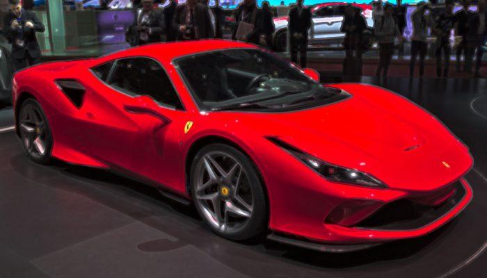 Ferrari F8 Tributo 1:18