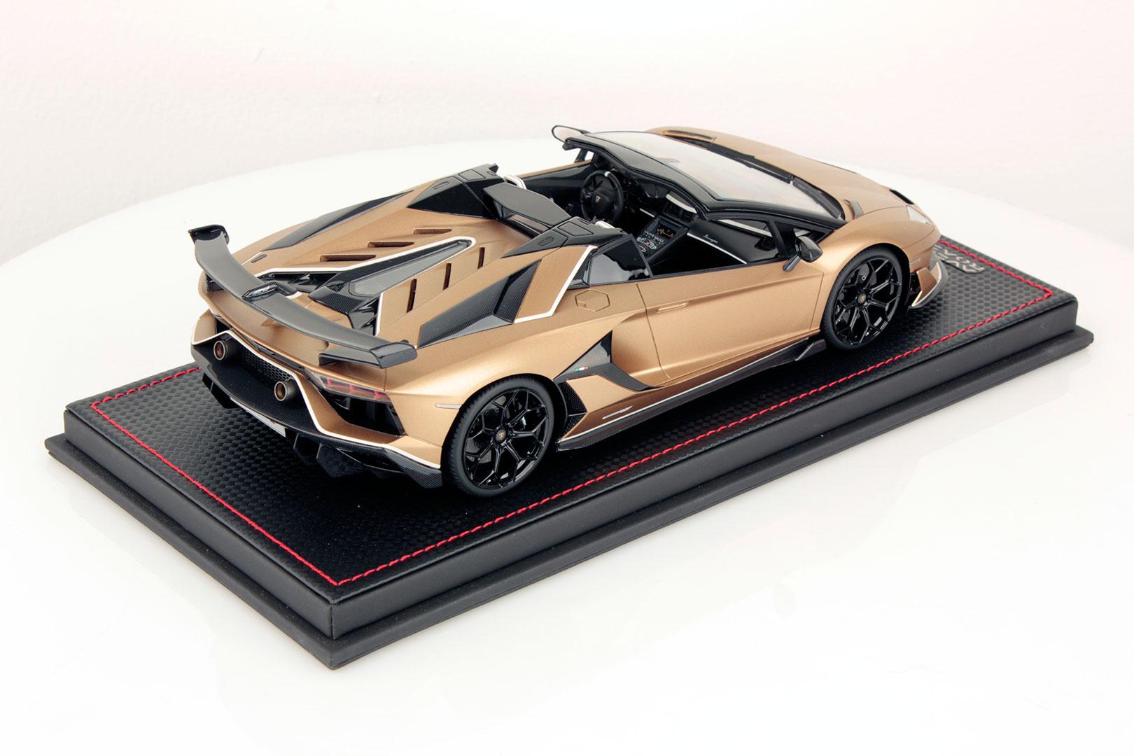 Lamborghini Aventador Cabrio 1//43 Con Vitrina nuevo