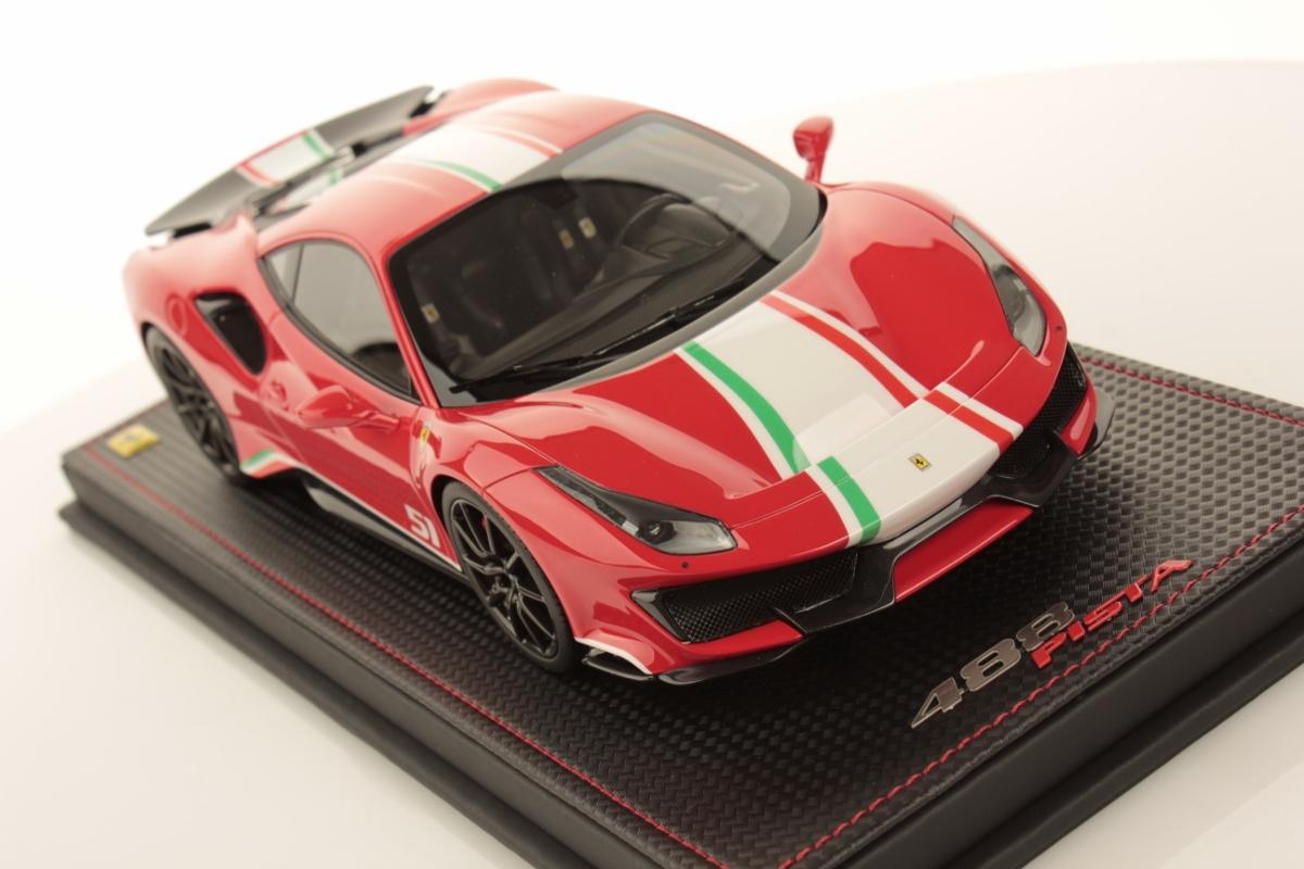 Ferrari 488 Pista Piloti 1 18 Mr Collection Models